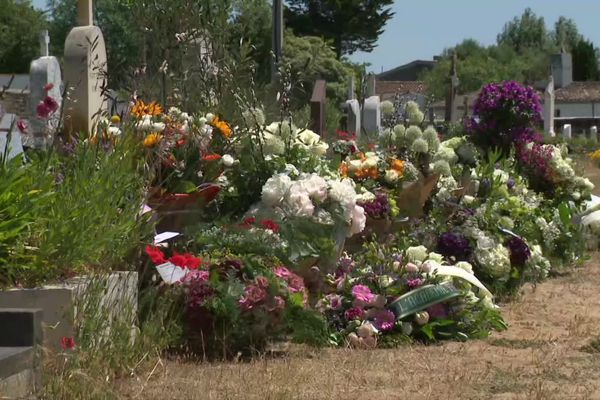 Le cimetière communal des Portes-en-Ré où repose Jean-Loup Dabadie.