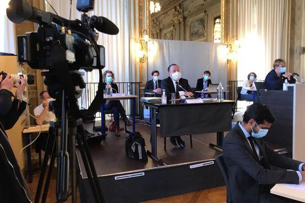 Philippe Astruc, le procureur de la république, était l'invité du conseil municipal de rennes ce lundi 29 mars.