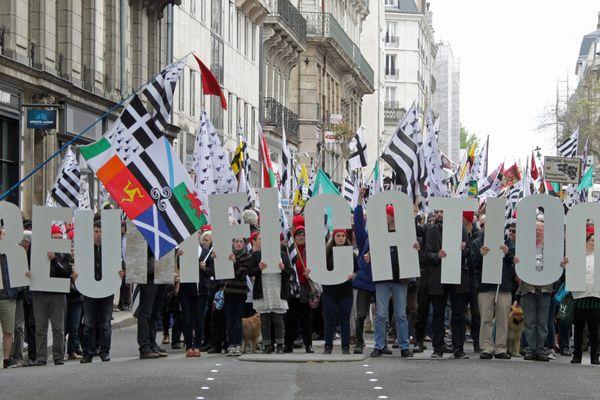 Manifestation à Nantes le 19 avril 2014 pour la réunification de la Bretagne