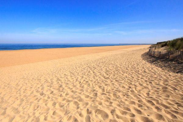 À Anglet, l'accès aux plages est interdit et étroitement surveillé.