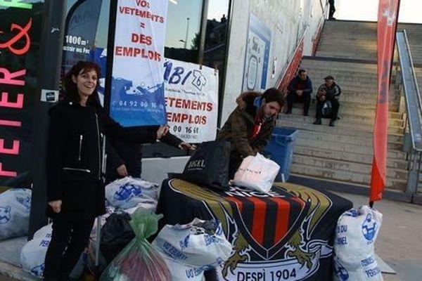 Une collecte de boîtes de conserve a été lancé au début du mois lors de Nice-Amiens.