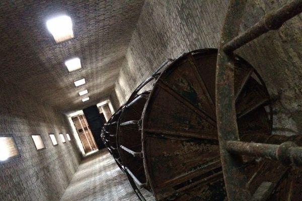 Vue intérieure de l'ancienne tour de séchage