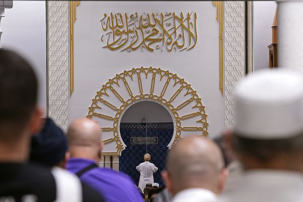 Une prière à la Grande Mosquée de Lyon