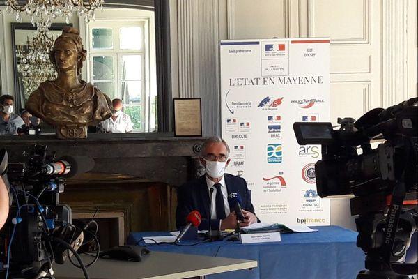 Le préfet Jean-Francis Treffel lors du point presse concernant l'épidémie de coronavirus en Mayenne