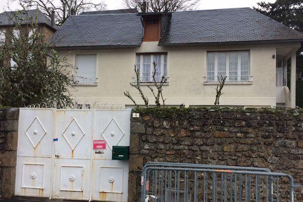Le drame a eu lieu dans cette maison du centre de Meymac.