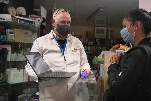 La pandémie a pris par surprise les fabricants de matériel informatique.