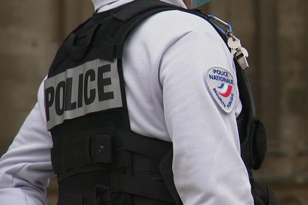 La police a interpellé l'auteur des faits le jour-même des trois agressions qu'il avait commises.