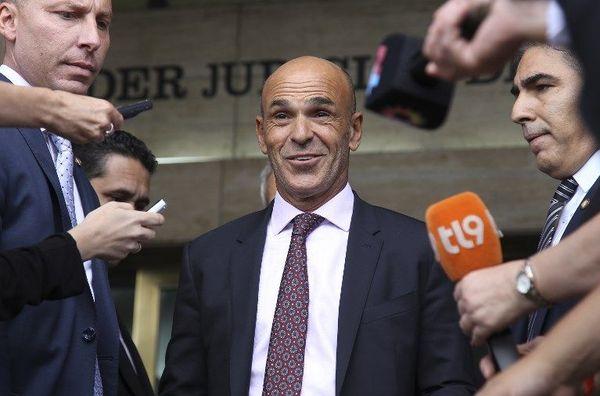 L'agent de joueurs Gustavo Arribas devenu chef des services secrets argentins.