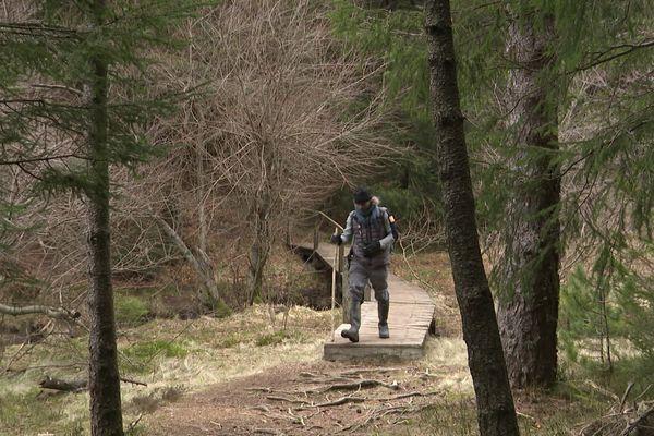 Cyril Rombaut est garde-moniteur du Parc National des Cévennes. Il couvre notamment le secteur du Mont-Aigoual.