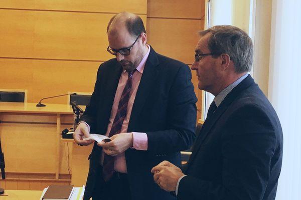 Germinal Peiro et l'avocat du Département Maître Xavier Heymans