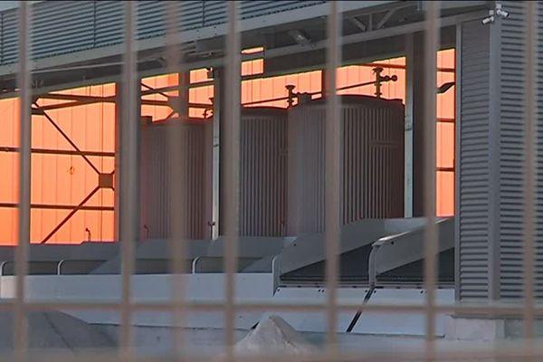 La centrale à béton avant son ouverture.