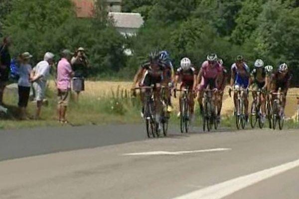 C'est sous une chaleur torride que les coureurs ont parcouru les 137 km entre Aubière et Lavoute-Chilhac