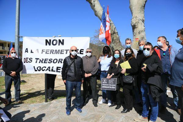 Manifestation contre la fermeture de la trésorerie publique de Ponte-Leccia