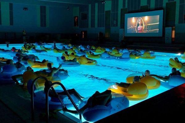 En 2019, le centre aquatique Aquasoa de Croixrault avait projeté le film Vaiana pour sa séance aquaciné