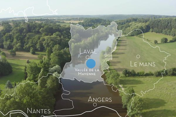 Envie Dehors le long de la rivière Mayenne