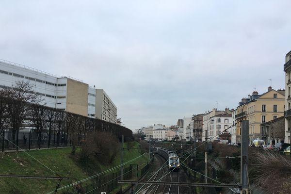 Le trafic est perrturbé sur le RER A suite à un acte malveillant.