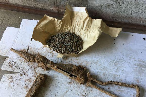 Un pistolet Sten Mark II découvert à Saint-Nicolas-de-Redon, septembre 2018