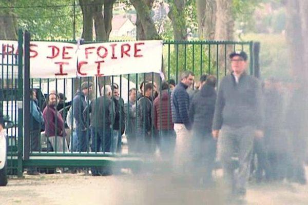 Les forains crient leur colère sur la presqu'ile de Waddington à Rouen