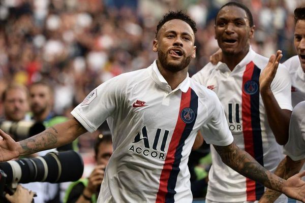Neymar après son but, ce vendredi 14 septembre : PSG contre Racing
