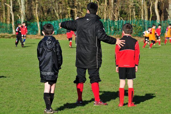 Les enseignants d'EPS préfèrent ne plus enseigner le football, notamment à cause des différences de niveaux entre les élèves