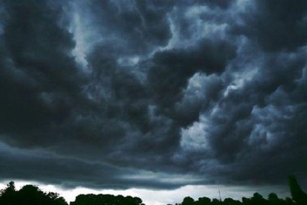 Ciel d'orage- Archives