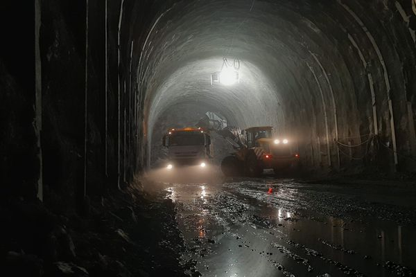 Travaux de percement du nouveau tunnel de Tende.