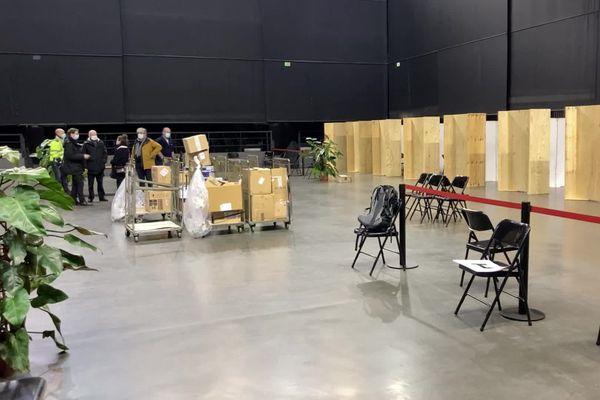 La salle de spectacle transformée en centre de vaccination.