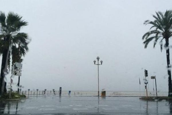 La promenade des Anglais dimanche matin à Nice.