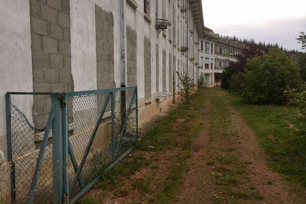 L'imposant édifice était mis en vente par l'hôpital de Mâcon