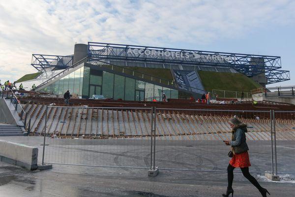 La nouvelle enceinte sportive serait située à proximité de L'AccorHotels Arena de Bercy, inauguré en octobre 2016.