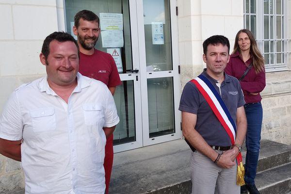 Le nouveau conseil municipal est composé de 4 membres dont le maire Florent Doreau (à gauche au 1er plan)
