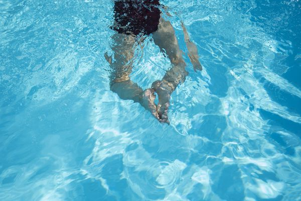 A Clermont-Ferrand, la piscine d'un fabricant est chaque été squattée illégalement.
