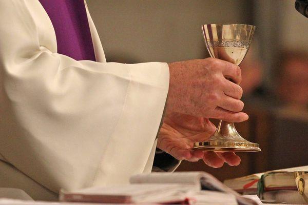 Le curé de Sillingy (Haute-Savoie) a été hospitalisé après avoir été infecté par le coronavirus. Photo d'illustration.