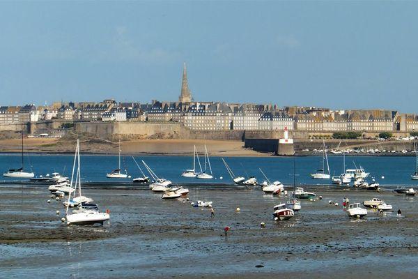 Saint-Malo vu du prieuré