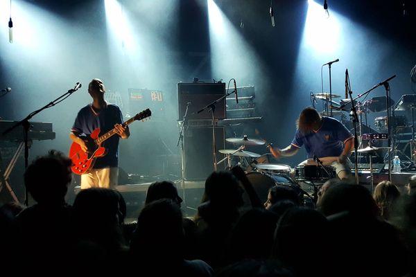 Le groupe bordelais Equipe de Foot sur la scène de la Rockschool Barbey 26 nov 2016