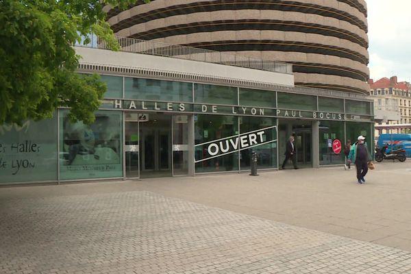Les Halles Paul Bocuse : une ouverture malgré la crise covid mais l'ambiance est à la morosité (avril 2021)