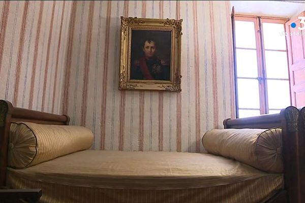 C'est à la fin du XVIIe siècle que les Bonaparte s'installent dans une partie de la maison qui depuis porte leur nom