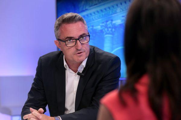 Stéphane Ravier battu par Alexandra Louis dans la 3e circonscription des Bouches-du-Rhône.