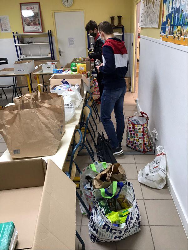 Les lycéens se sont relayés pendant 15 jours pour réceptionner les dons.
