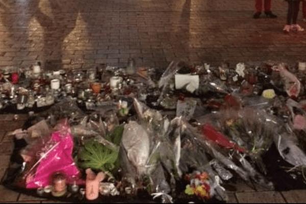 Mémorial place Darcy à Dijon suite aux attentats