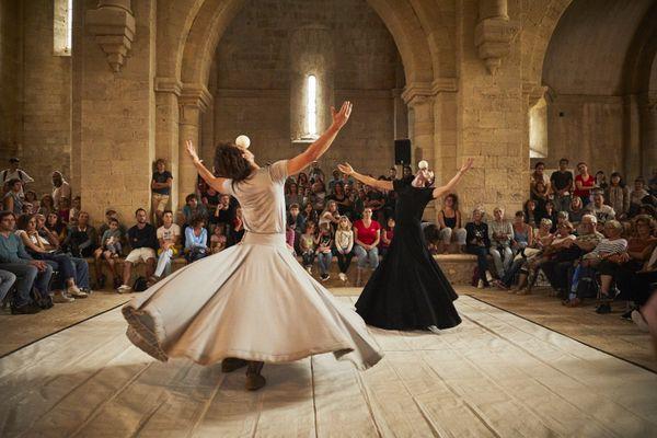 """En 2021, la Biennale Internationale des Arts du Cirque sera exclusivement accessible aux professionnels du monde du spectacle. Ici le spectacle """"Yin Zéro"""" de la Cie Monad."""