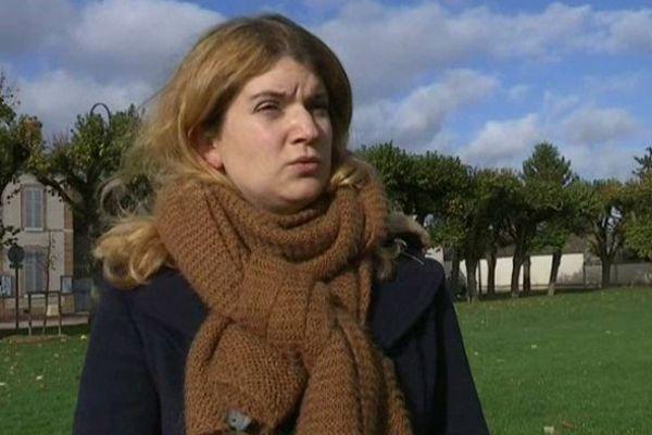 Carole Ackermann fait partie des rescapés de la prise d'otages du Bataclan qui a eu lieu vendredi 13 novembre 2015 à Paris.