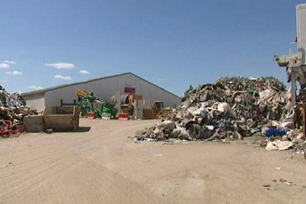 L'usine de tri de déchets de Bassens