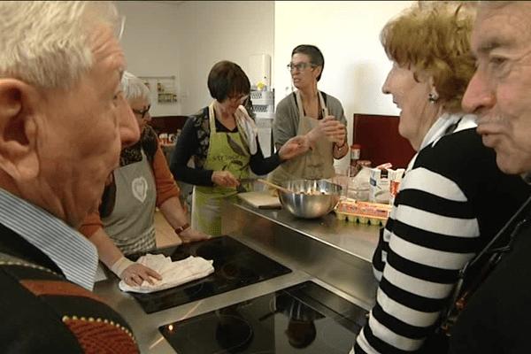 Des moments de convivialité pour les anciens