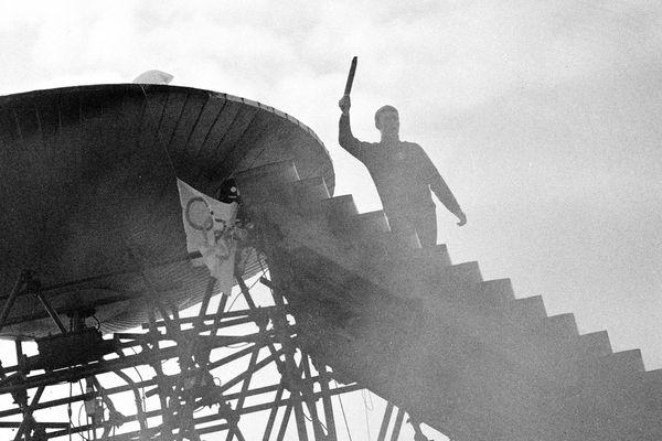 L'une des torches utilisées lors des jeux Olympiques de Grenoble en 1968 a été mise aux enchères aux Etats-Unis.