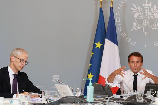 Emmanuel Macron annonce son plan d'aide pour le secteur de la culture