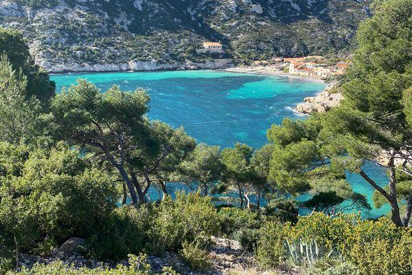 Les Calanques de Marseille sont victimes de leur succès, une régulation des visiteurs n'est pas à exclure.