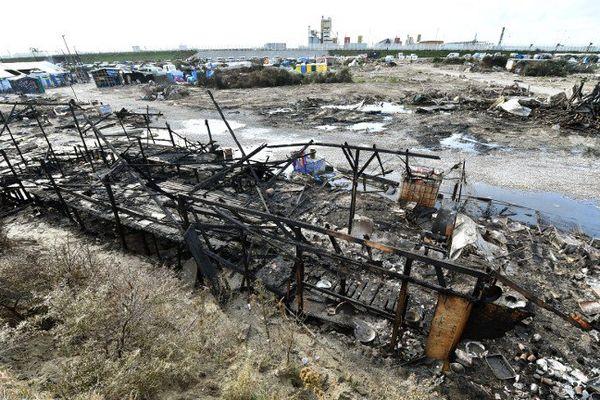 Photo de la jungle de Calais démantelée prise le 27 octobre 2016.