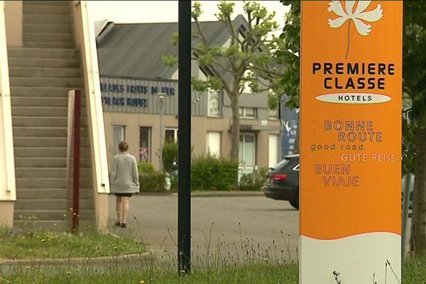 L'une des victimes a réussi à s'échapper de l'hôtel Première Classe de Barjouville, où elle était retenue.