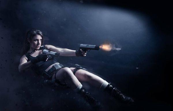 Julie Peugeot est aussi ambassadrice officielle Lara Croft.